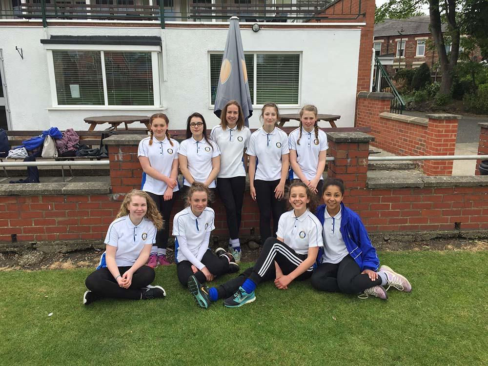 Girls Cricket 1