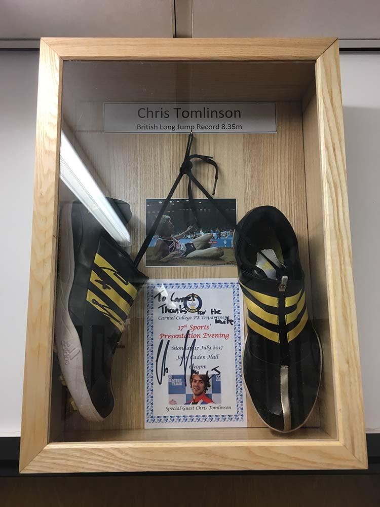 Chris Tomlinson Spikes